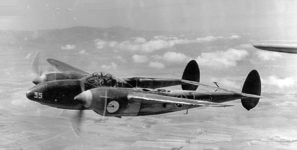 The American P-38 Lightning P 38 Mosquito