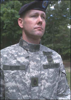 Video detailing the new Army Combat Uniform  www.ngb.army .mil news 2004 06 newacu.wmv d5bce138cfc