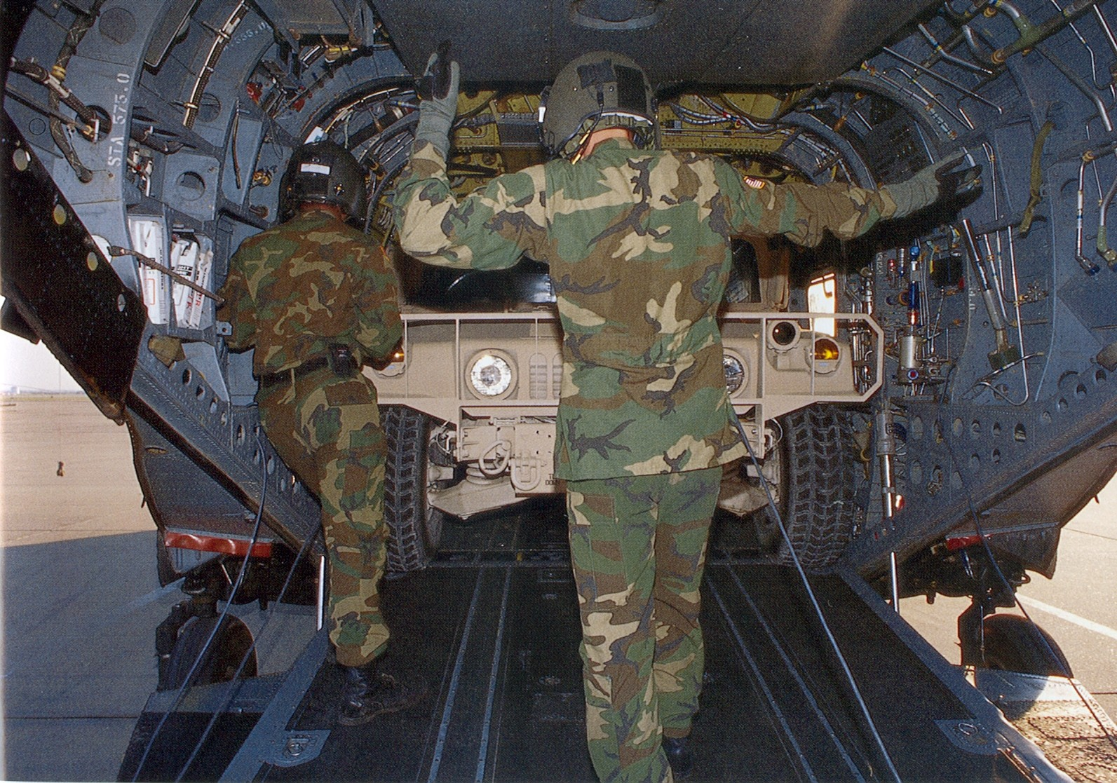 Will A Humvee Fit Inside A CH47 Chinook